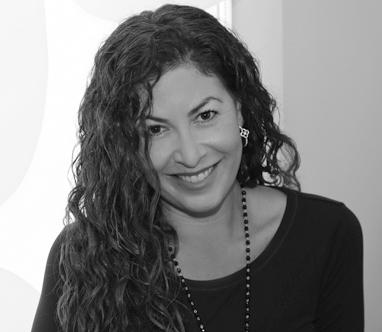 Lauren Busch Headshot
