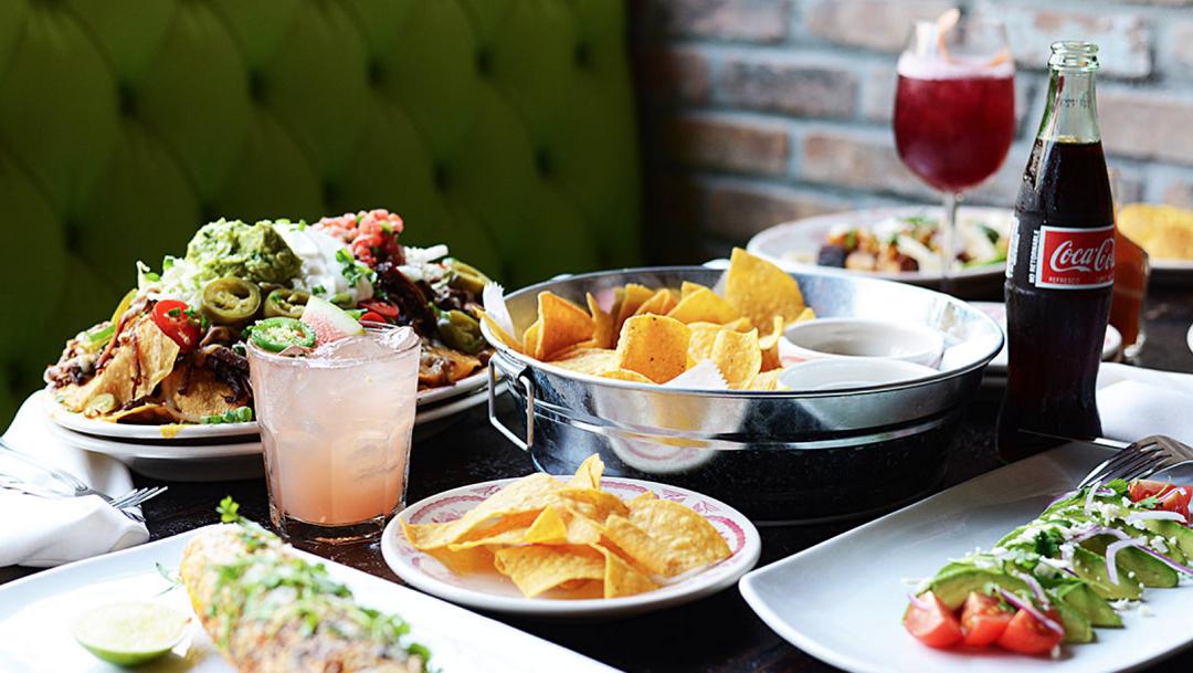 El Camino Restaurant Hosts Ft Lauderdale Bloggers